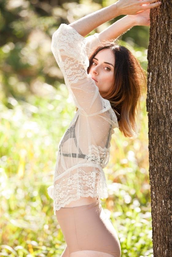 ela hawke vintage midsummer romance 17