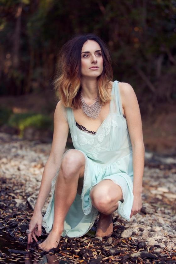 ela hawke vintage midsummer romance 7